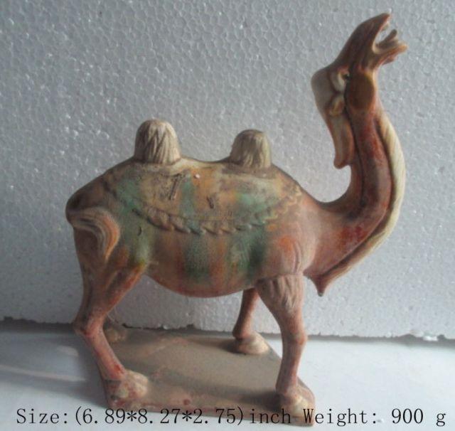 Elaborado antiguo chino de cerámica antigua imitación tang sancai estatua de camello