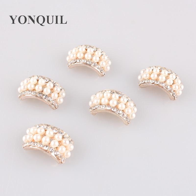 2018 New Fashion pearl brooch pins Hight Quality silver Crystal pin Rhinestone Brooches wedding dress accessories 30PCS/LOT