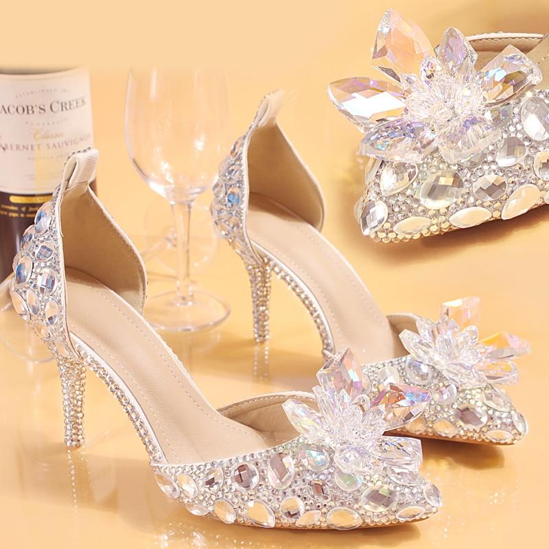 أحذية الزفاف العروس المرأة الصيف الصنادل الكريستال أخبار سيدة كبيرة الحجم عالية الكعب الأميرة أحذية الفضة الأحمر الملونة Discolora حذاء