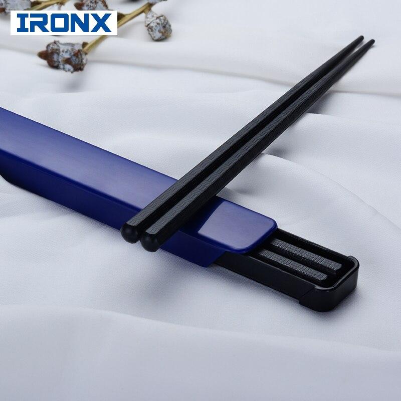 Palillos de sushi portátiles IRONX, juego de palillos de corte negro para picnic de viaje, juego de palillos de aleación de estilo japonés con caja para regalo