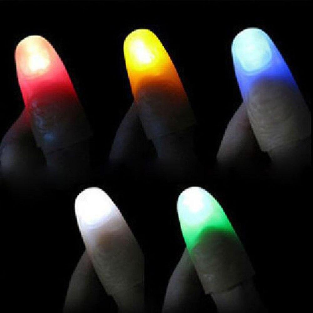Offre spéciale LED très brillante magique allumer les pouces doigts astuce apparaissant lumière gros plan jouets lumineux