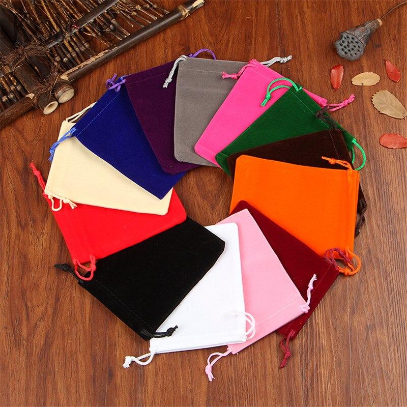 Envío Gratis 50 piezas bolsa de terciopelo de colores mezclados 10x12 cm pequeños dijes joyería bolsas de embalaje boda regalo de Navidad con cordón bolsa
