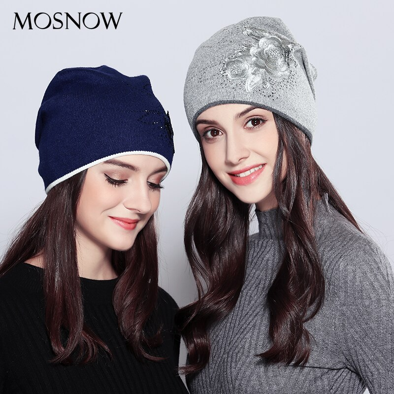 Sombreros para niñas de lana Vogue 2020 nueva flor de diamantes de imitación moda invierno de punto para mujeres gorros Skullies Beanies # MZ719