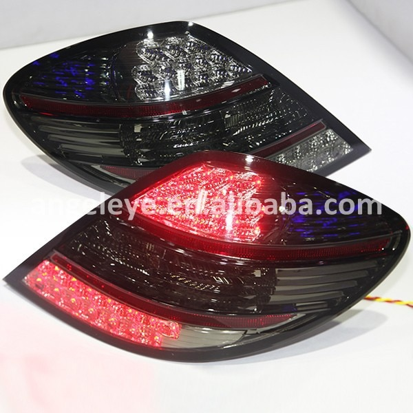 Para mercedes-benz r171 slk200 slk280 slk300 slk350 lâmpada de cauda led 2003-2008 ano vermelho cor preta db