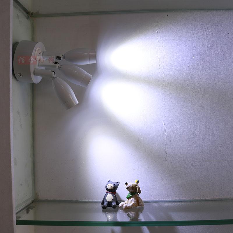 Foco de carga gabinete LED inalámbrico no eléctrico lámpara de doble cabeza lámpara de punto de luz de boda se puede mover ZH SD86