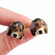 Pâquerettes nouveauté belle or Beagle chien boucles doreilles pour les femmes fête forme animale boucles doreilles déclaration cadeau une paire