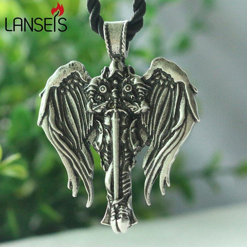 1 pièce lanseis livraison directe croix celte hommes collier croix irlandaise avec ailes dange pendentif Diablo archange protéger talisman bijoux