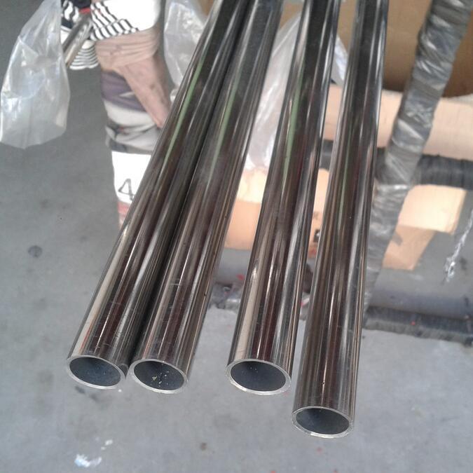 Tubo de acero inoxidable acabado de espejo acabado mate para decoración OD 10mm a 323mm longitud según los requisitos