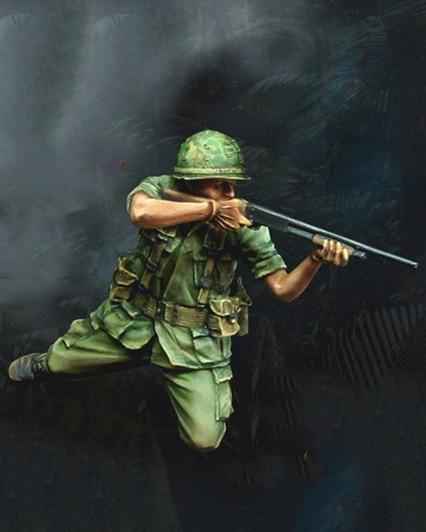 1/35 Scale Unpainted Resin Figure Vietnam War U.S Soldier Shooting