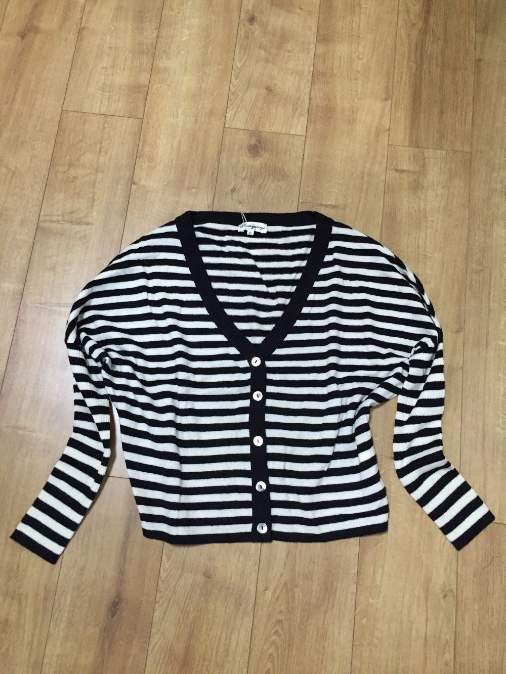 Pure Cashmere Sweater Fashion V-neck Black White Stripe Cardigans Women Natural Warm High Quality Clearance Sale Free Shipping enlarge