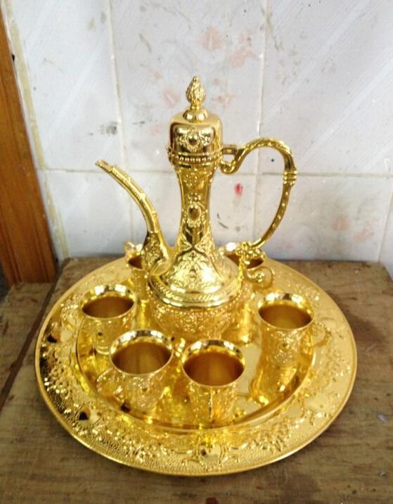 WBY 717 + + juegos decorados con flores antiguas coleccionables famosa jarra de aleación de estaño 1 tetera 4 copas de vino 1 plato de decoración auténtico tibetano
