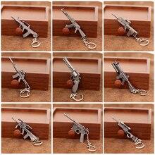 10 Styles Mini pistolet modèle porte-clés mode M4A1 AK47 série de jeux armes pistolet porte-clés pour femmes hommes Souvenirs bijoux cadeaux