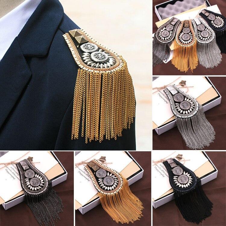 Novo estilo britânico ombro broche terno cinta multi borla rebite epaulet epaulette camisa cantor compere palco jóias acessórios