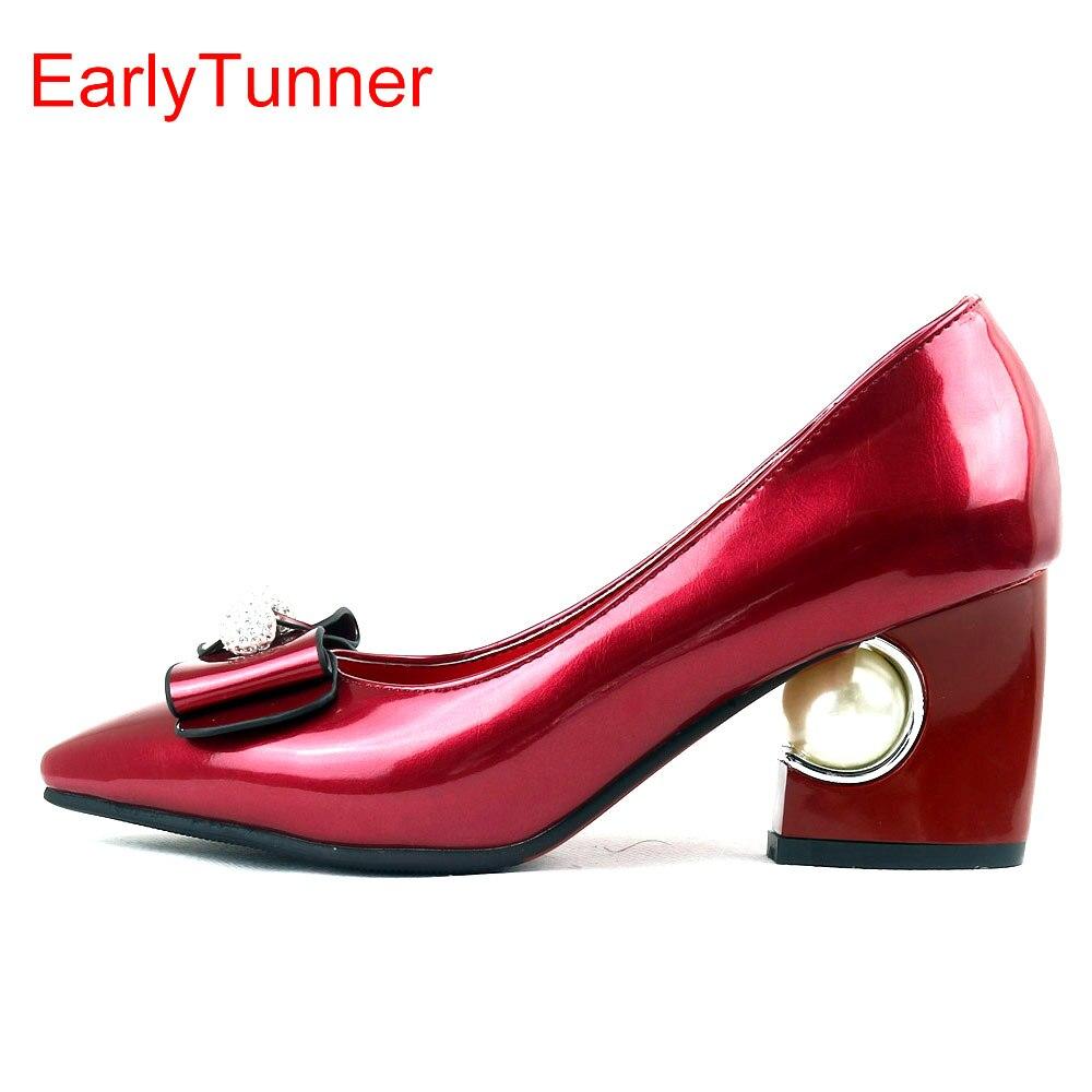 مبيعات ماركة جديدة موضة لامعة النساء مضخات رسمية البيج الأحمر الوردي الأسود مثير سيدة أحذية الزفاف EY6s اللؤلؤ زائد حجم كبير 12 31 48
