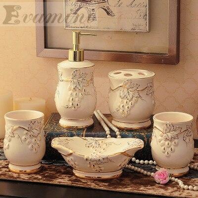 De lujo de 5 unids/set hogar lavado cepillo Copa líquidos dispensadores de jabón platos China cerámica baño conjunto de accesorios