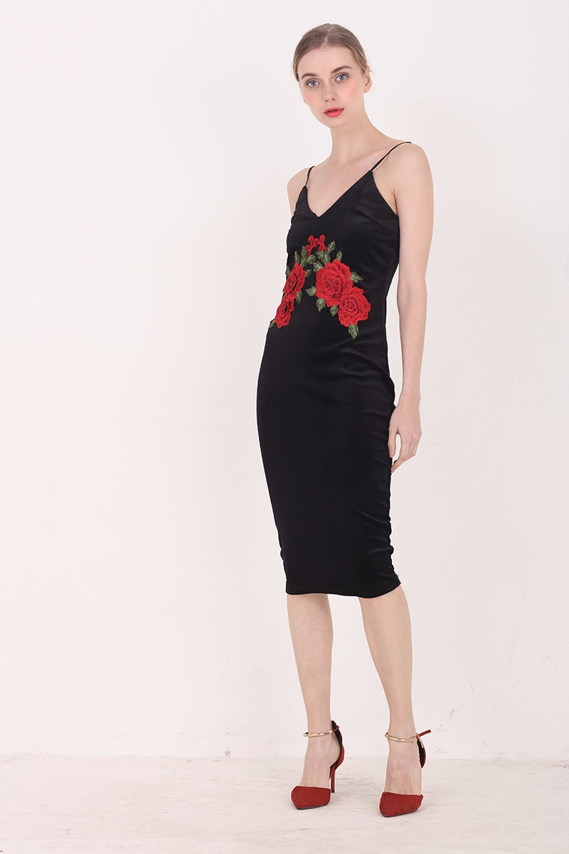 Red Flower Embroidered Black Velvet Shoulder-Straps Bodycon Dress 7