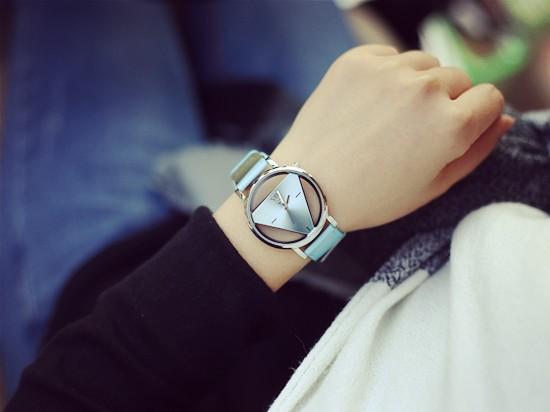 Szkielet zegarek Relogio feminino Trójkąt zegarka kobiet Delikatne przejrzyste pusta skórzany pasek wrist watch quartz dress watch 11