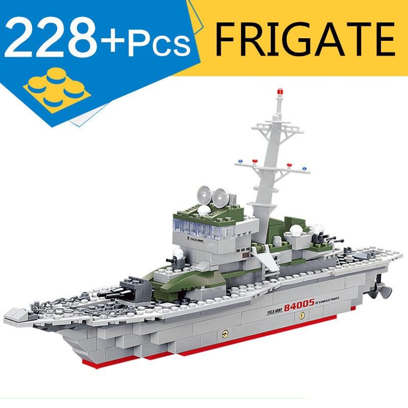KAZI 84005 crucero militar del ejército fragata bloques de construcción guerra Legoing militar Buque de la Marina barco 228 + Uds ladrillos de juguete para el regalo de los niños