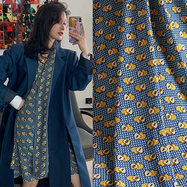 Primavera y novedad de verano de gama alta de moda geometría en forma de corazón yao-wool estampado gasa vestido camisa de mujer Material de ropa