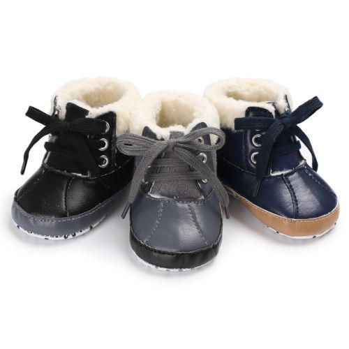 Estilo fresco zapatos de niño pequeño bebé invierno nieve botas de suela suave de piel de becerro zapatos de vendaje deslizante recién nacido niños botas 0-18M