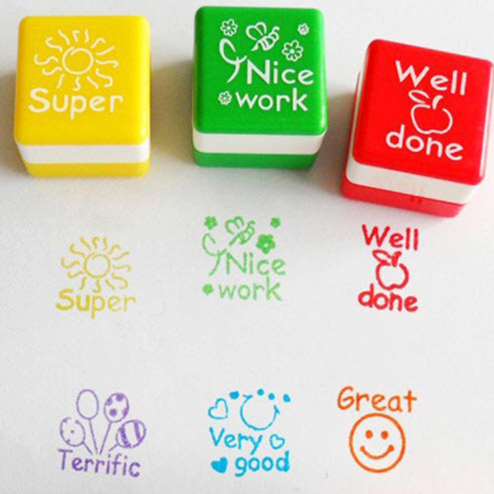 6 unids/lote chico juguete de estampilla de madera de dibujos animados para profesores de inglés para animar revisiones sello claro mejor para álbum de recortes