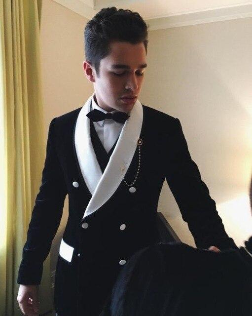 Nuevos trajes de boda de terciopelo negro para hombre, chaqueta de novio, esmoquin ajustado, traje de 2 piezas personalizado para hombre, chaqueta para graduación, smoking Masculino