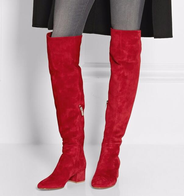 Lo más nuevo de otoño, botas sobre la rodilla de punta redonda de ante rojo, botas 2019 de tacón grueso para mujer, botas de moda de invierno Botas Largas botas para montar