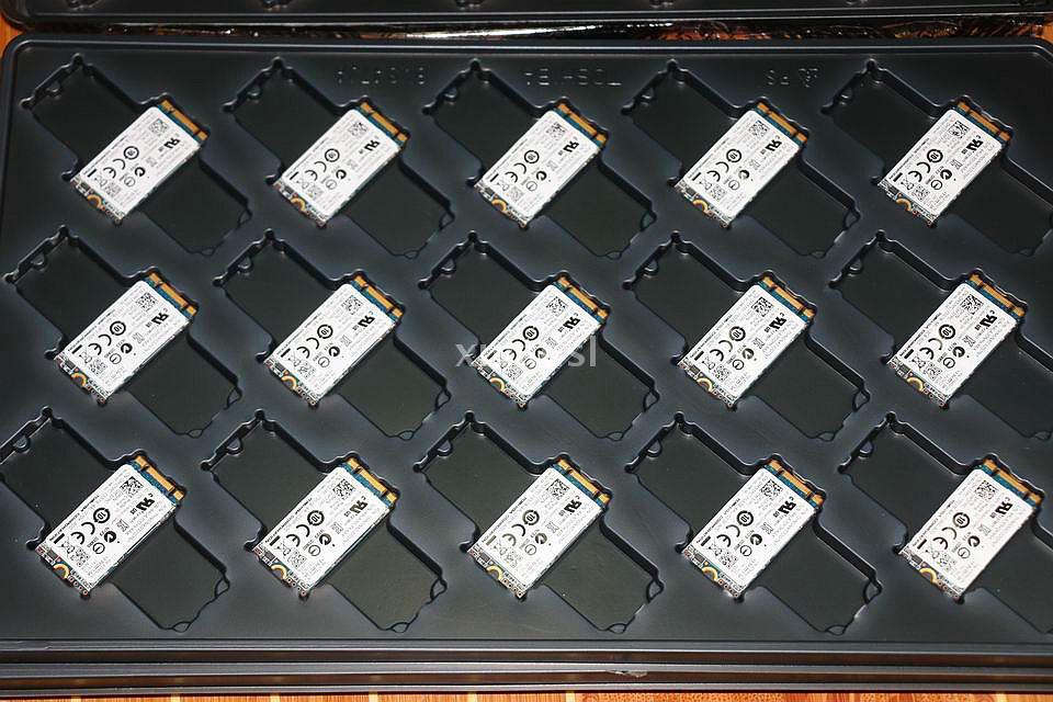 MLC M37PC CN-0M37PC Ajuste Apropriado Para DELL 2242 NGFF THNSNX032GTNT M.2 32g SSD SATA