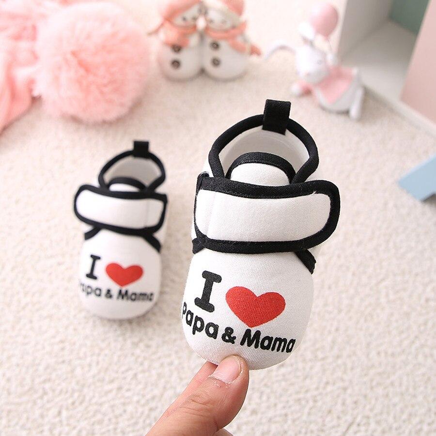 Zapatos para bebé recién nacido Niño niño niña i amo a mamá y papá estampado suela suave CottonFirst Walkers zapatos 0-18 meses