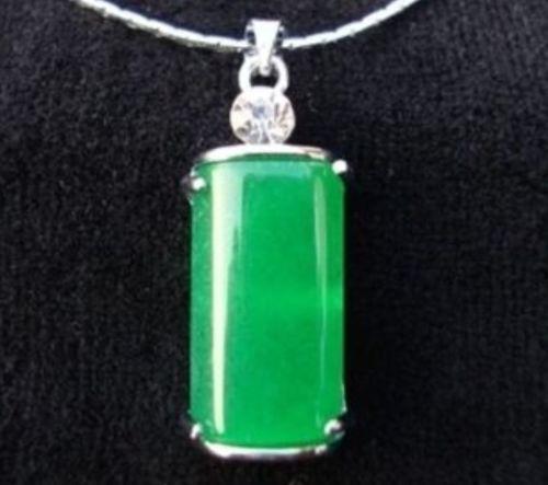 Envío Gratis>> Hermosa Malayo colgante de jade pulido a mano rectangular AAAA