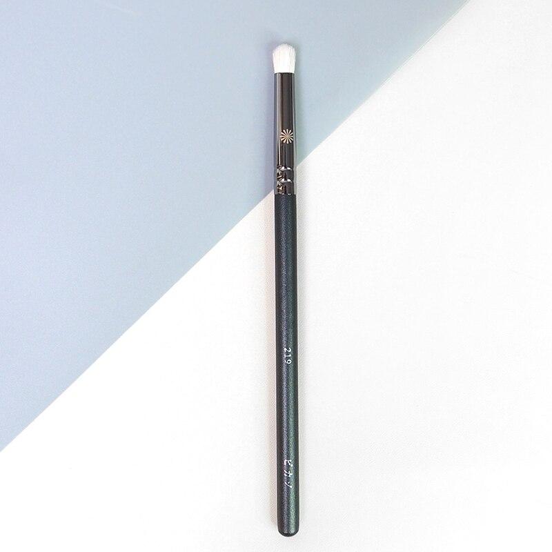 Professional Eye Smudger Brush #219 Natural Goat Hair Rounded Eyeshadow Brush Eye Detailed Makeup Brush Cosmetic Tool