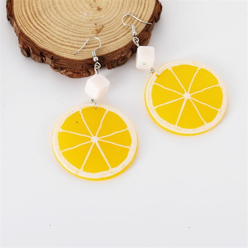 Pendiente con forma de fruta círculo grande de moda amarillo limón acrílico bonitos pendientes para mujer venta al por mayor