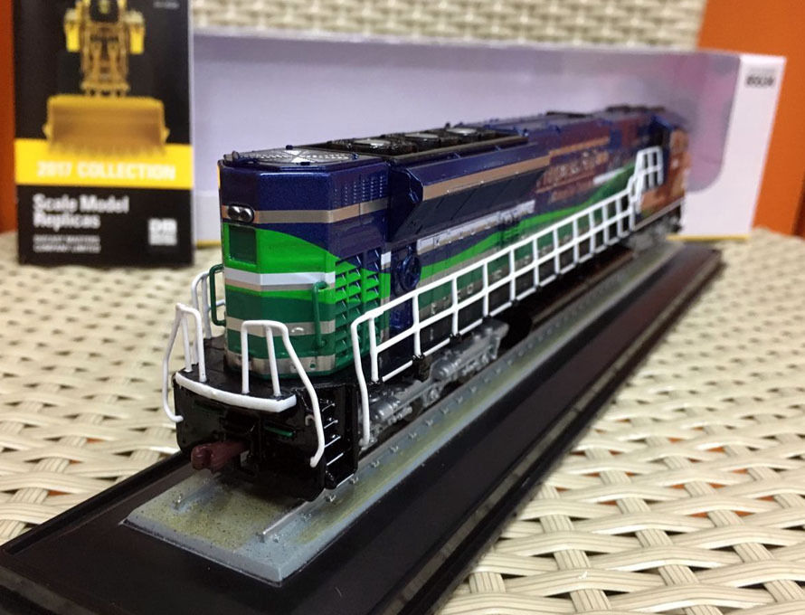"Diecast Masters 85546 1:87 Scale EMD SD70ACE-T4 Locomotive /""Progress Rail/"" Train"
