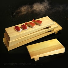 Plato de cocina de madera de estilo japonés de tira larga de sushi