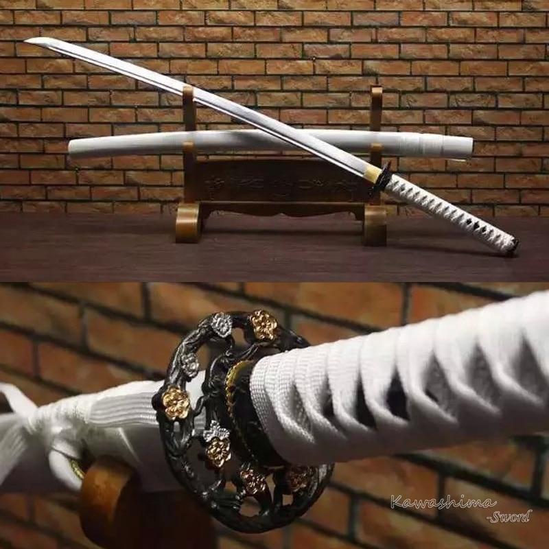 كاواشيما الصلب كاتانا السيف كامل تانغ الكربون الصلب مع الأخدود الدم الحقيقي اليدوية أبيض اللون