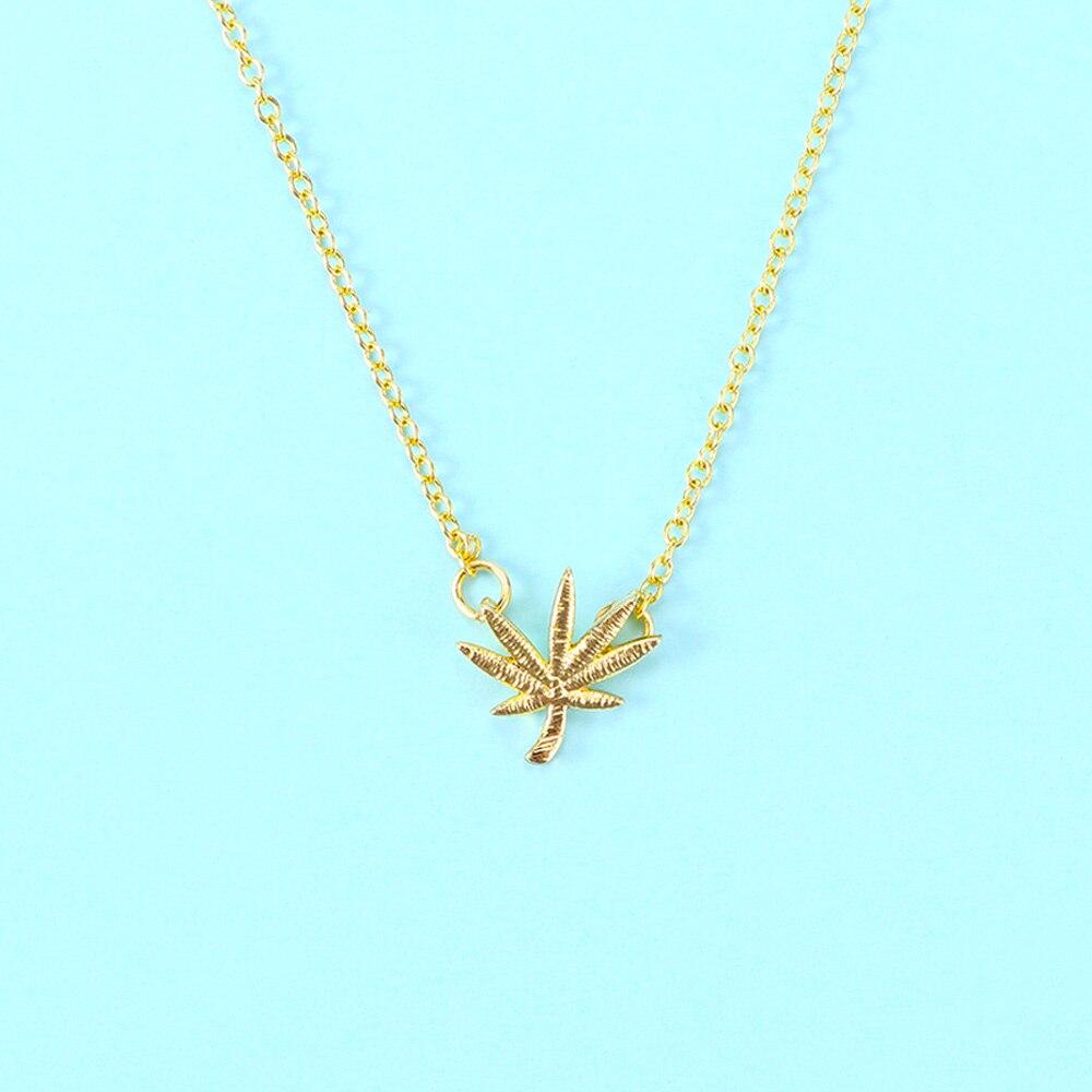 Collar romántico de hojas de árbol para mujeres, collares pequeños colgantes de Hojas de arce, collar de planta, regalos de joyería