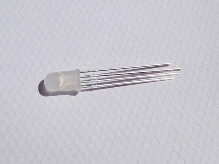 1000 Uds ODM difuso 5MM RYG diodo redondo LED forma común ánodo/cátodo disponible