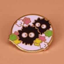 Ruß sprite emaille pin regenbogen sterne brosche Hayao Miyazaki Chihiros abzeichen anime schmuck nette geist pins Halloween zubehör