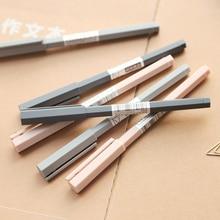12 pièces M & G Simple tige hexagonale solide Gel stylo noir stylo étudiants stylo 0.5mm