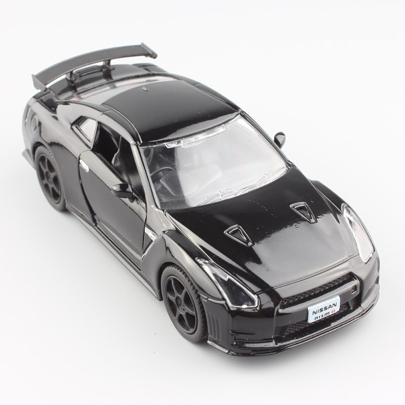Escala 136 Mini 2014 Nissan GTR R35 Skyline GT-R súper deportes carreras metal fundido a presión modelo coche de juguete auto para niños en miniatura