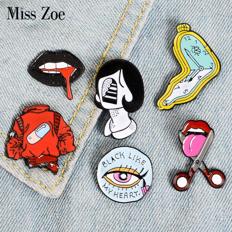 Píldora delineador de ojos lengua labios esmalte Pins Twisted Clock broches de niña Denim camisa Lapel Pin bolsa Punk Cool Jewelry regalo para amigos
