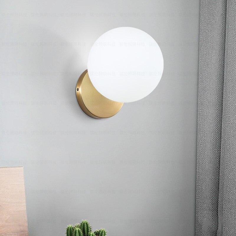 Lámpara de pared LED E14 de hierro posmoderno de estilo nórdico, lámpara de pared para cabecera, cómoda sala de estar, restaurante, bola redonda de vidrio, decoración de pared, accesorio de iluminación