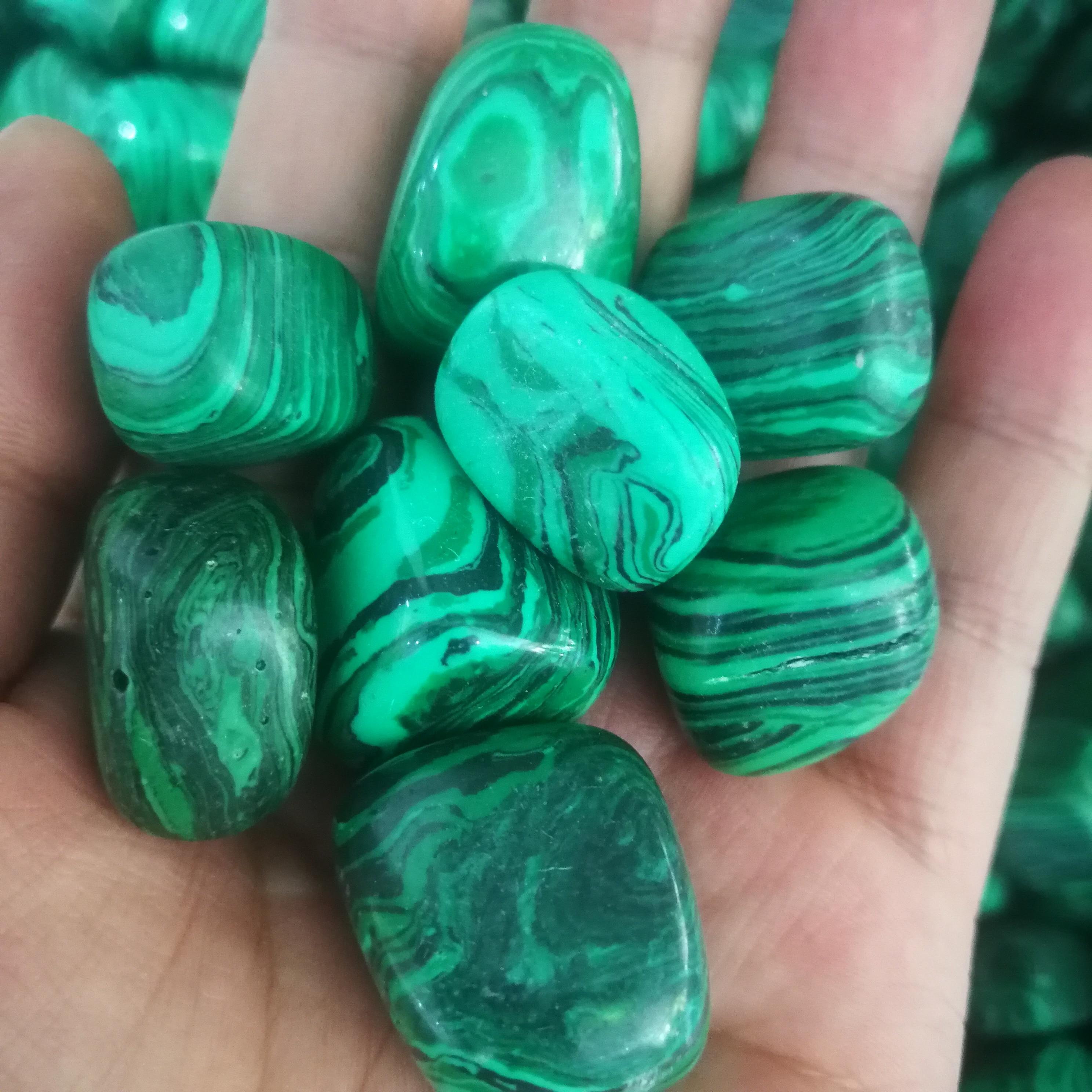 100-200g Natural malachite tumbled stone Polished Gemstone gravel for home decoration