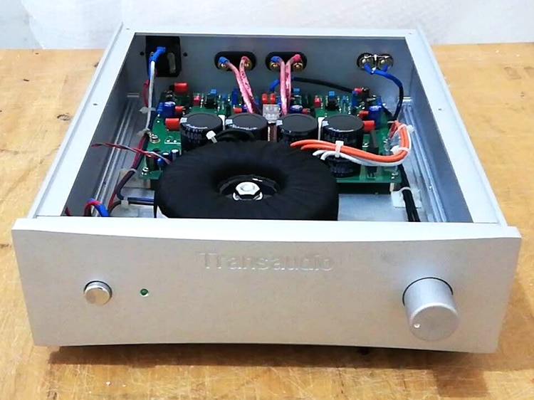 A25b preamp + pós-estágio combinador amplificador -- referência reino unido sugden circuito