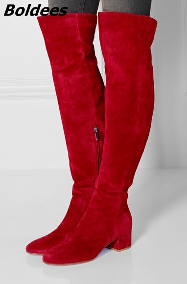 Zapatos de tacón de bloque de gamuza roja de lujo Botas Largas mujeres con estilo simplemente diseño redondo tacón grueso hasta la rodilla botas de celebridad nueva llegada