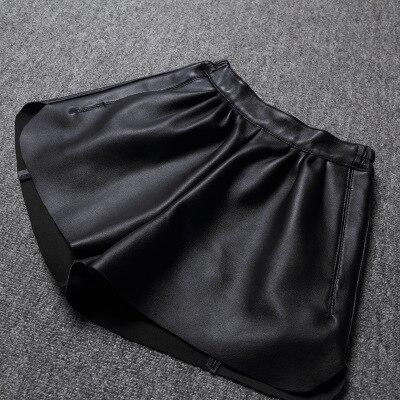 Tao Ting Li Na New Fashion Genuine Sheep Leather Shorts G4