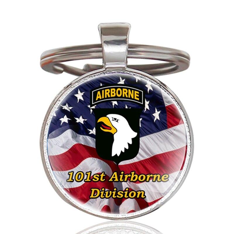 Moda Estados Unidos 101st Airborne Division colgante llavero encanto hombres bandera americana de mujer llavero de cristal anillos joyas regalos
