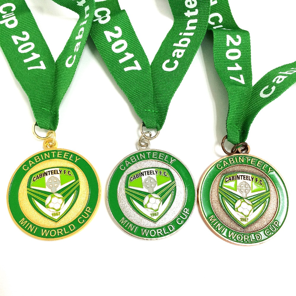 Medalla de maratón personalizada grabada con logotipo personalizado con cinta de tela de medalla -- 250 Uds