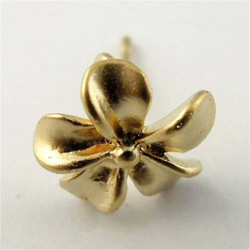 14 teile/paket Frauen Matte Gold Bass Nette Kleine Blume Ohrring Elegante Frauen Dame Ohrringe Stud Finding 15*10mm 30075