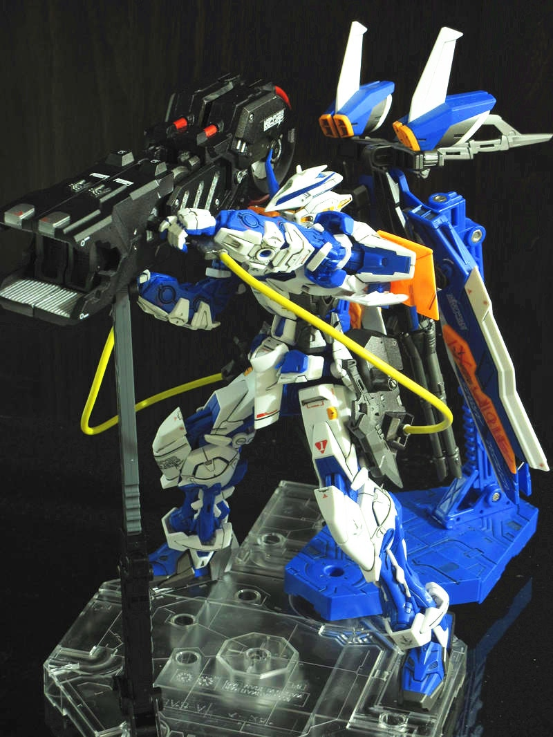 Free shipping Positron Blaster Gun for 1/100 MG MBF-P02 / P03 Gundam Astray Red / Blue Frame*